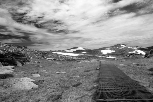 The pathway to Kosciuszko from Thredbo.